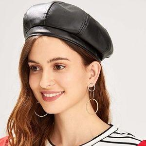 Accessories - 🚨NEW LIST! Black Faux Leather Beret Cap